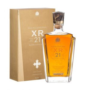 Rượu Johnnie Walker XR 21 (2)